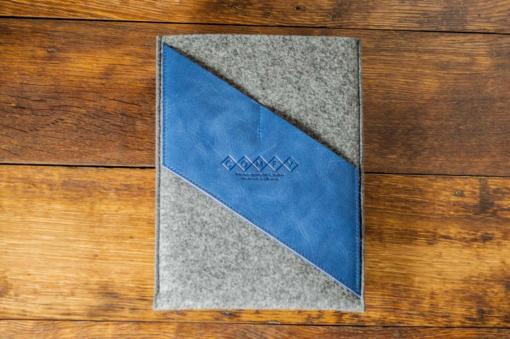 iPad-felt-blue-italian-leather-case-sleve-pouch-1