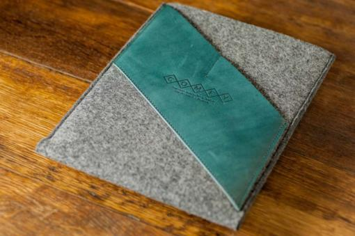iPad Air Handmade Felt with Green Leather Sleeve Case