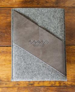 iPad-felt-grey-italian-leather-case-sleve-pouch-1
