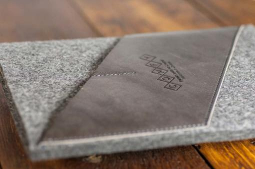 iPad-felt-grey-italian-leather-case-sleve-pouch-4