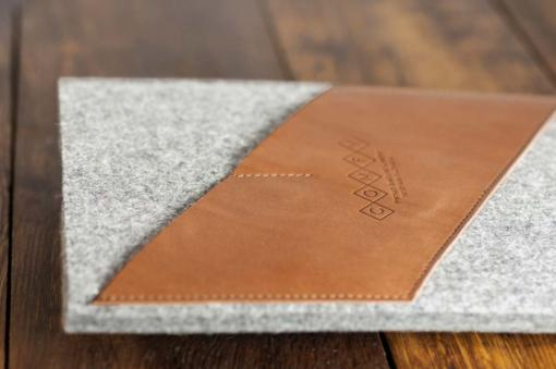 iPad-light-felt-brown-italian-leather-case-sleve-pouch-3