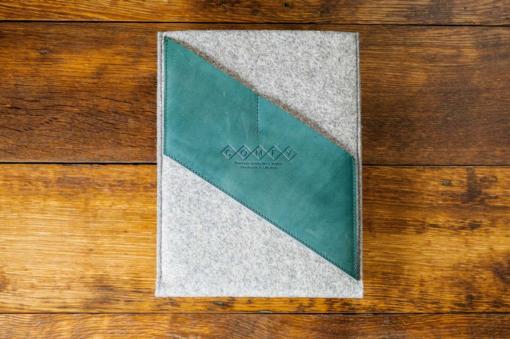 iPad-light-felt-green-italian-leather-case-sleve-pouch-1