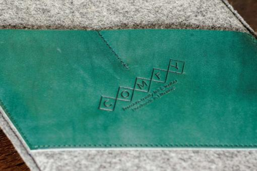 iPad-light-felt-green-italian-leather-case-sleve-pouch-4