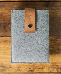 iPad-mini-felt-brown-italian-leather-case-sleve-pouch-1