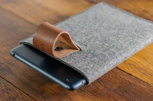 iPad-mini-felt-brown-italian-leather-case-sleve-pouch-4