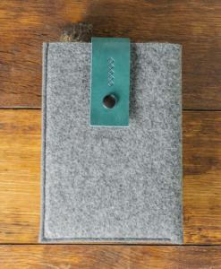 iPad-mini-felt-green-italian-leather-case-sleve-pouch-1