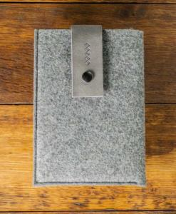 iPad-mini-felt-grey-italian-leather-case-sleve-pouch-1