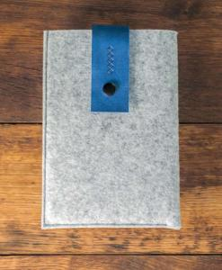 iPad-mini-light-felt-blue-italian-leather-case-sleve-pouch-1