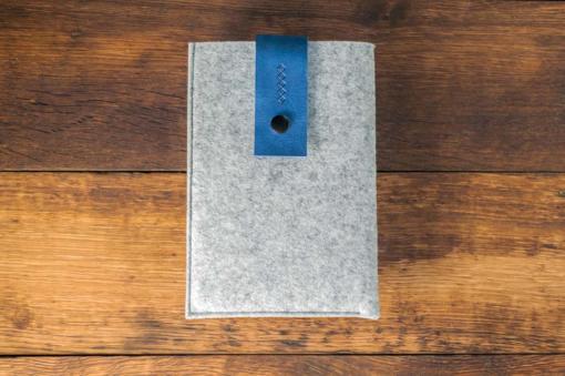 iPad-mini-light-felt-blue-italian-leather-case-sleve-pouch-1
