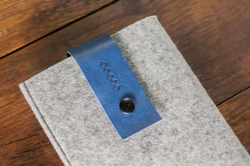 Handmade iPad mini Felt Case: Light Grey Felt Blue Leather