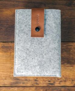 iPad-mini-light-felt-brown-italian-leather-case-sleve-pouch-1