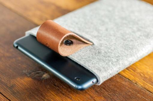 iPad-mini-light-felt-brown-italian-leather-case-sleve-pouch-6