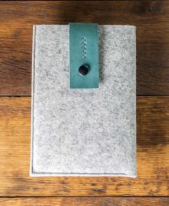 iPad-mini-light-felt-green-italian-leather-case-sleve-pouch-1