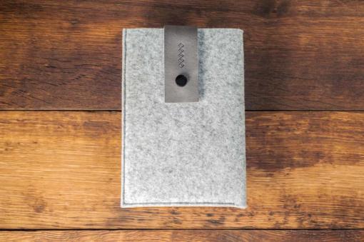 iPad-mini-light-felt-grey-italian-leather-case-sleve-pouch-1