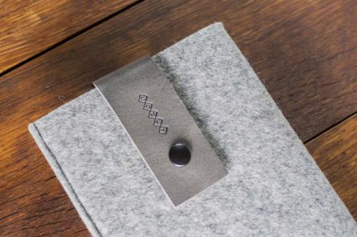 Handmade iPad mini Felt Case: Light Felt Grey Leather