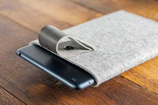 iPad-mini-light-felt-grey-italian-leather-case-sleve-pouch-5