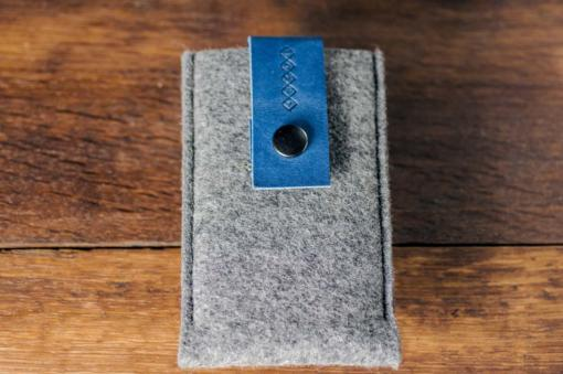 iPhone5-5s-felt-blue-italian-leather-case-sleve-pouch-2