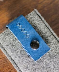 iPhone5-5s-felt-blue-italian-leather-case-sleve-pouch-6