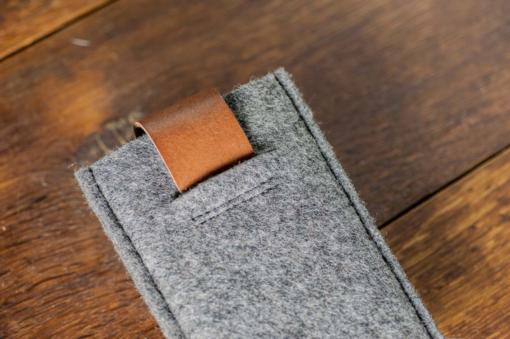 iPhone5-5s-felt-brown-italian-leather-case-sleve-pouch-3