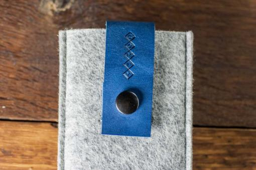 iPhone5-5s-light-felt-blue-italian-leather-case-sleve-pouch-5