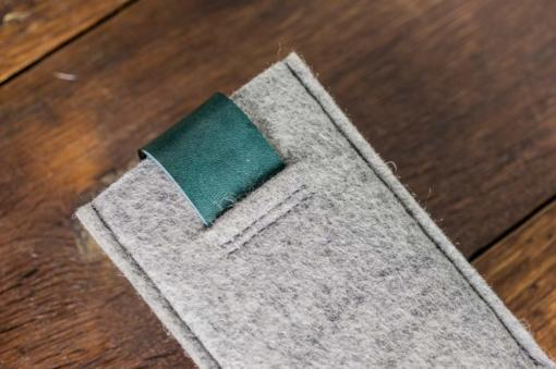 iPhone5-5s-light-felt-green-italian-leather-case-sleve-pouch3