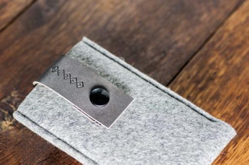 iPhone5-5s-light-felt-grey-italian-leather-case-sleve-pouch-3