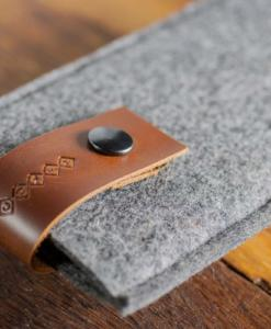 iPhone6-6s-felt-brown-italian-leather-case-sleve-pouch-2