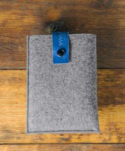 kindle-paperwhite-felt-blue-italian-leather-case-sleve-pouch-1