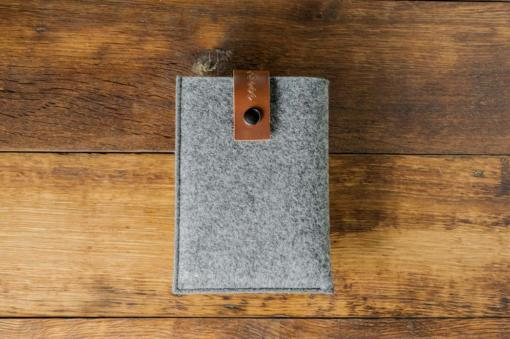 kindle-paperwhite-felt-brown-italian-leather-case-sleve-pouch-1