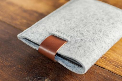 kindle-paperwhite-light-felt-brown-italian-leather-case-sleve-pouch-5