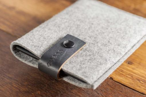 Kindle Handmade Light Felt Case with Grey Leather