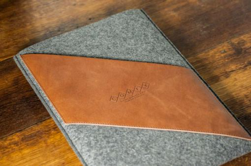 Macbook Air 13 Handmade Dark Felt Case with Brown Leather