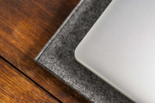 macbook-pro-air-felt-green-italian-leather-case-sleve-pouch-7